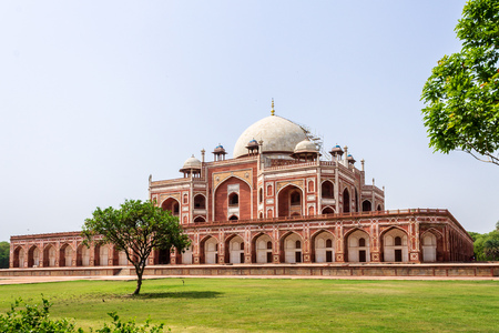 Isomeric view on Humayuns Tomb Complex with square, park and vegetation. UNESCO World Heritage in Delhi, India. Asia.