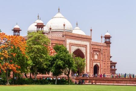 Kau Ban Mosque inside the Taj Mahal Complex. UNESCO World Heritage in Agra, Uttar Pradesh, India Редакционное