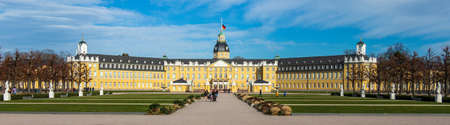 Wide Panorama of Castle Karlsruhe with Garden Square. In District Karlsruhe, Baden-Württemberg, Germany Éditoriale
