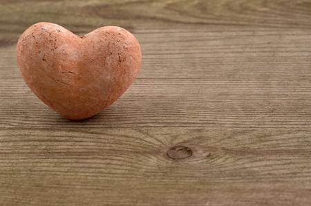 st valentin: Valentines  Heart over Wooden Background