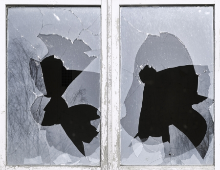 glass breakage, shard, smashed, window, danger Banco de Imagens