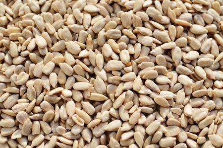 semillas de girasol: Semillas de girasol sin cáscara Foto de archivo