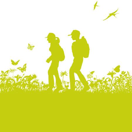 montagna: Escursionisti sul sentiero tra l'erba