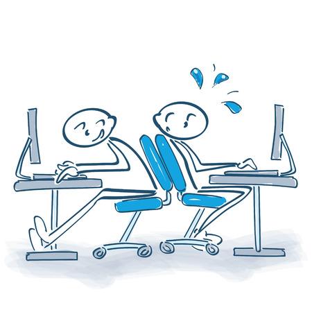 Stok figuur met rollende bureaustoel naar de achterkant en het gebrek aan ruimte