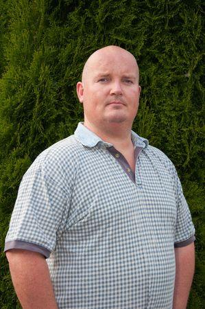 hombre calvo: retrato de peso de m�s de medio hombre