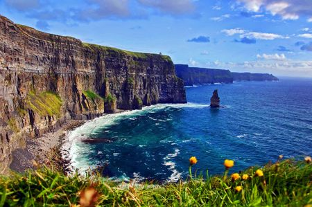 moher: photo capture of a breathtaking natural nature landscape