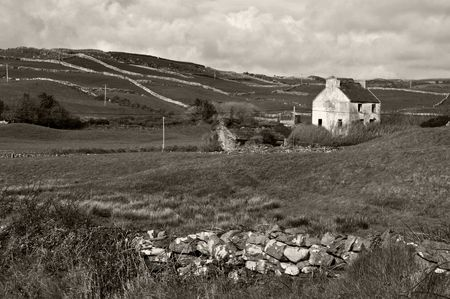 photo rural cottage in west of ireland farm Stock Photo - 5967530