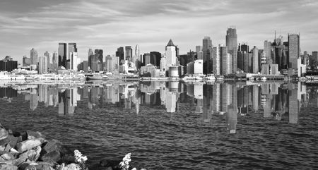 photo new york city skyline cityscape over hudson river Stock Photo - 6070220