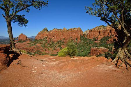 Foto de paisaje de rock de belleza escénica de arenisca roja  Foto de archivo - 6147827