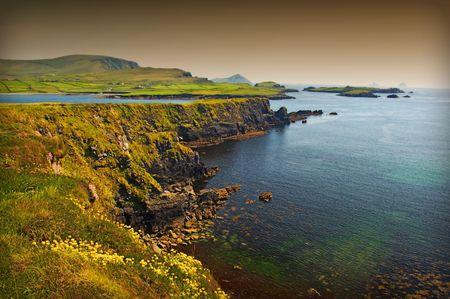 photo beautiful breathtaking vibrant  irish scenic coastal seascape photo