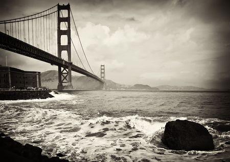 Foto schön b&w golden Gate bridge in San francisco Standard-Bild - 6564459