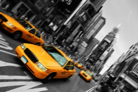 new york notte: Foto New York City Taxi, sfocatura movimento di messa a fuoco, Times Square