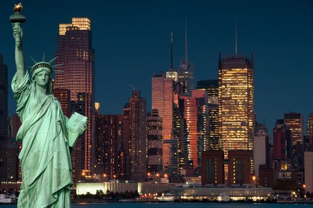 photo tourism concept new york city with statue liberty Reklamní fotografie