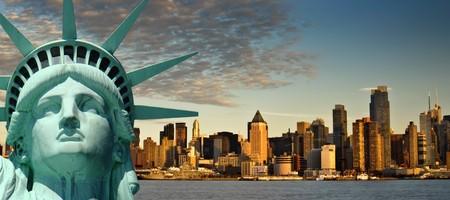 skyline nyc: concepto de viajes de turismo hermosa de la ciudad de Nueva york de fotos