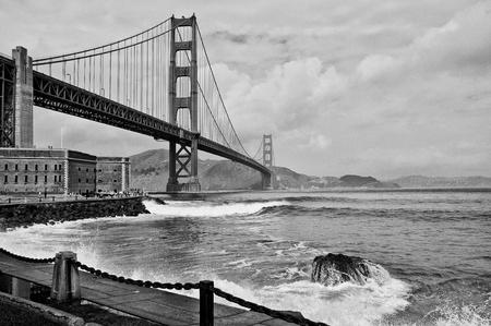 photo beautiful golden gate bridge in san francsico photo