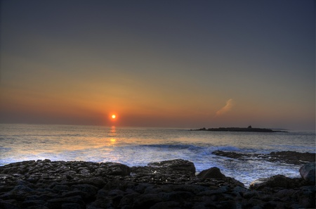 moher: photo breathtaking sunset over doolin beach, county clare, ireland, hdr