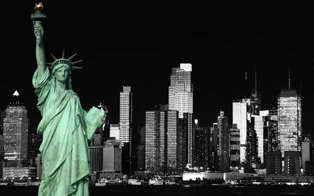 photo beautiful b&w new york cityscape over the hudson Standard-Bild
