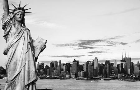 Foto New York Schwarz-Weiß-Kontrast hallo Standard-Bild - 14004130