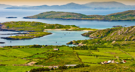 リング ケリー アイルランドから美しい風光明媚な田園風景を写真します。