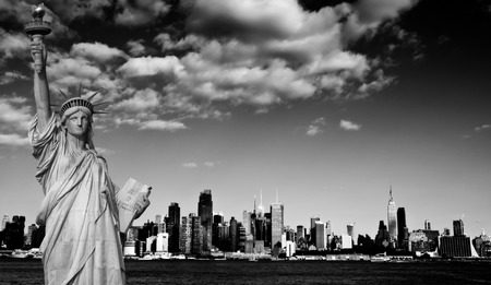 hudson: photo new york city cityscape over hudson river Stock Photo