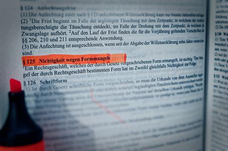 Legal text of in German Paragraph § 125 BGB Bürgerliches Gesetzbuch Nichtigkeit wegen Formmangels in English Paragraph 125 Civil Code in English Nullity due to lack of form Фото со стока