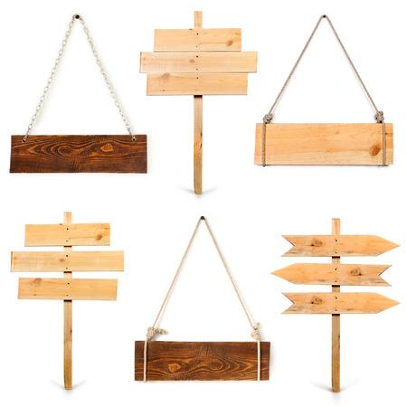 houten plank opknoping op wit Stockfoto