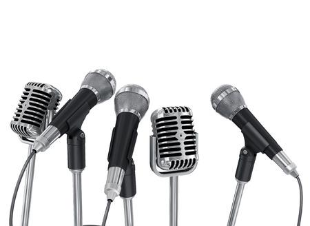 hablar en publico: Reuniones micrófonos de conferencias preparadas para el transmisor. Aislado en el fondo blanco Foto de archivo