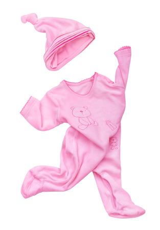 rompers: mamelucos de terciopelo de color rosa con el sombrero en movimiento sobre un fondo blanco aislado