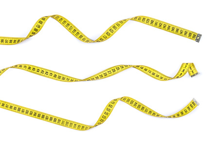 cinta de medir: Mida cintas en diferentes posiciones aisladas sobre fondo blanco.
