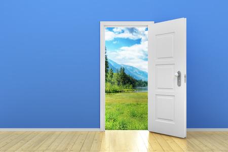 ドアを開けると青い空の部屋 写真素材