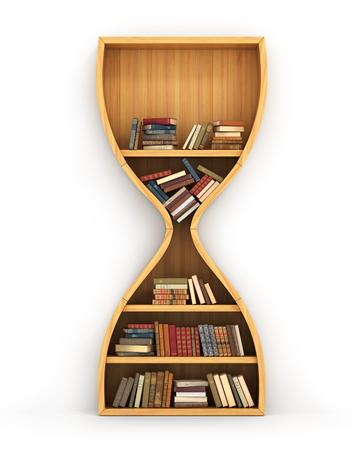 conocimiento: Estante de madera llena de libros en forma de reloj de arena Foto de archivo