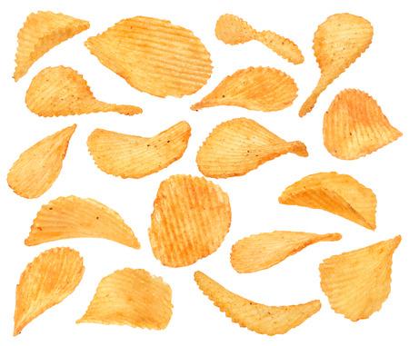 botanas: Acanalado colección patatas aperitivo con pimienta aislado en blanco