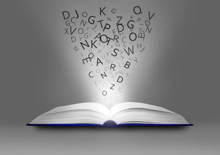 libro abierto: libro abierto con personajes volando de páginas