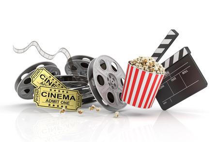 camara de cine: Rollos de película, boletos y Junta de azote. Foto de archivo
