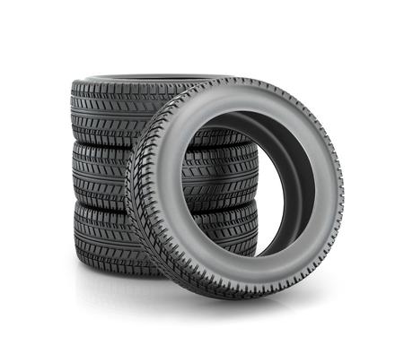 Stapel vierwielige nieuwe zwarte banden voor auto op een witte achtergrond Stockfoto