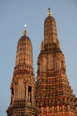 Reisen: Der Wat Arun Tempel in der Stadt Bangkok in Thailand in Suedostasien.