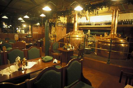 ビアホールとチェコ共和国の首都、プラハの歴史的中心部にあるレストラン