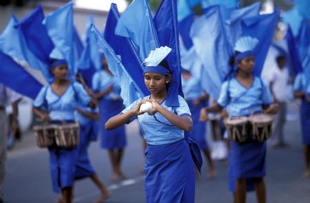 sued: Asien, Indischer Ozean, Sri Lanka, Ein traditionelles Neujahrs Fest mit Umzug im Kuestendorf Hikkaduwa an der Suedwestkueste von Sri Lanka. (URS FLUEELER)        Editorial