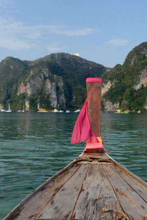 a Boat on the way to Maya Beach  near the Ko Phi Phi Island outside of the City of Krabi on the Andaman Sea in the south of Thailand.  Archivio Fotografico