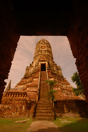 Reisen: The Wat Chai Wattanaram Temple in City of Ayutthaya in the north of Bangkok in Thailand, Southeastasia.