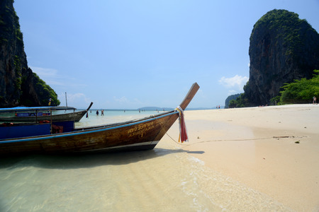 ferien: The Hat Phra Nang Beach at Railay near Ao Nang outside of the City of Krabi on the Andaman Sea in the south of Thailand.