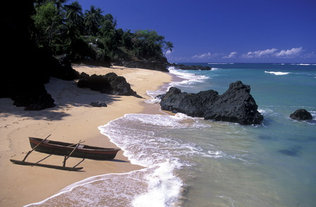 meer: the beach of the village Moya on the Island of Anjouan on the Comoros Ilands in the Indian Ocean in Africa.    Stock Photo