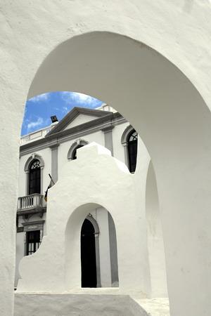 het dorp Haria op het eiland Lanzarote op de Canarische eilanden van Spanje in de Atlantische Oceaan. op het eiland Lanzarote op de Canarische eilanden van Spanje in de Atlantische Oceaan. Stockfoto