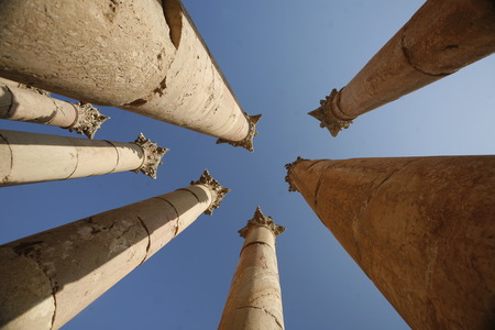 roemer: the Roman Ruins of Jerash in the north of Amann in Jordan in the middle east.
