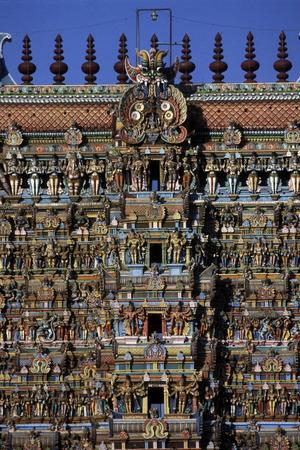 tamil nadu: The Sri Meenakshi Temple in the city of   Madurai in Tamil Nadu in India.