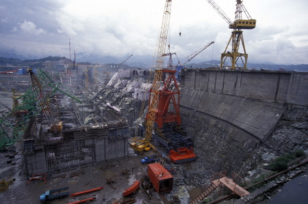 hubei province: the constructions work at the three gorges dam project on the river in the province of yangzi hubei in china. Editorial