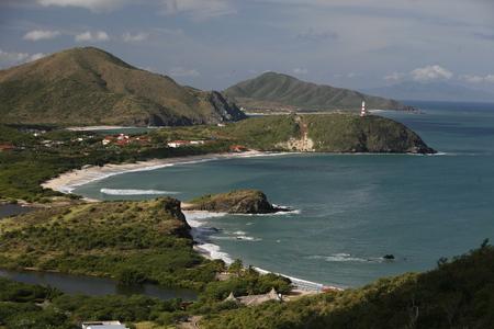 ベネズエラのカリブ海のマルガリータ島のビーチ プラヤ ペドロ ・ ゴンザレス ・ ペドロ ・ Gonzalaz の町の海岸。