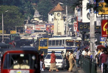 asien: the Kandy clock tower in the town of Kandy of Sri Lanka in Asien.
