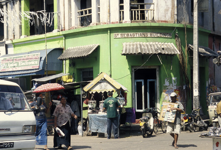 asien: a shopping street in the town of Kandy of Sri Lanka in Asien.