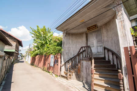 a old wood house at the Trog Bann Chin Alley in the old town of Tak in the Province of Tak in Thailand. Thailand, Tak, November, 2019 Redakční